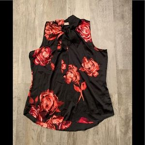 Preowned Eva Mendes sleeveless floral bow blouse